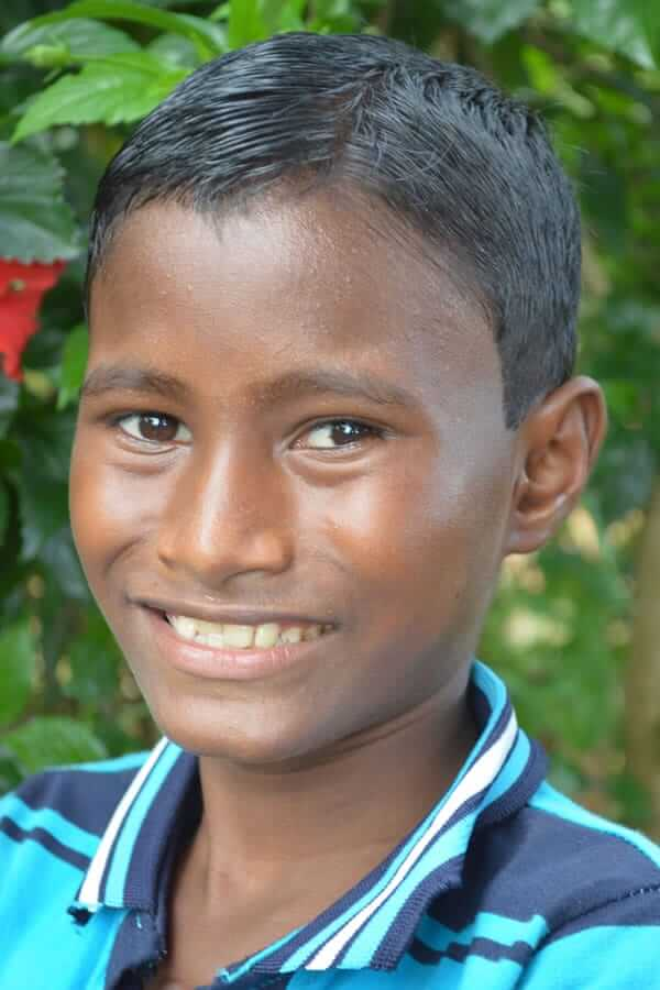 Rabin Hembrom ID3269 Grade: 6 Male